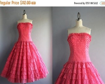STOREWIDE SALE 1950s Dress / 50s Party Dress / Vintage 1950s Tiered Lace Strapless Party Dress