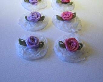set of 6 - white lace floral embellishments with mini silk flowers