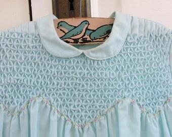 Vintage Girl Blue Dress, Vintage Girl Dress,  Vintage Girl Easter Dress, Light Blue Dress, Peter Pan Collar, 12-18 Months Dress, Smock Dress