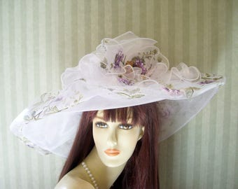 Kentucky Derby Hat, Easter Hat, LavenDer FLoRal Hat, Belmont Stakes Hat, Preakness Hat, Church Hat, Spring Wedding Hat, Ascot Hat