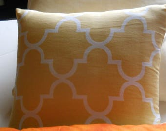 NEW,Pillow Cover, FREE ship, Lemon yellow and white, Waverly