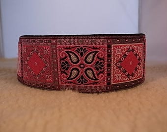 "2"" Wide Pink/Black Patterned Squares House/Martingale Collar"