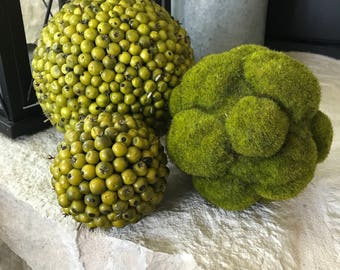 Moss and Beaded Decorative Balls...Perfect Summer Decorating