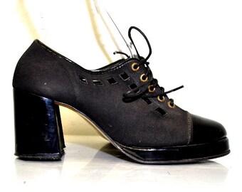 Vintage 70s Platform Oxfords Shoes | Patent Leather | Varsity Debs | Size 7
