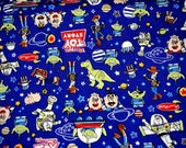 Disney Licensed  Fabric Toys Story   Buzz Lightyear Pizza Planet FAT QUARTER Printed in Japan nc25