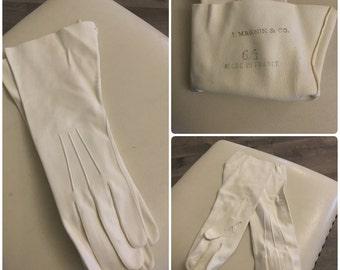 White Leather Gloves. I Magnin. Designer gloves. 50's