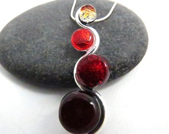 Red Ombre Cascade - Elegant Glass and Silver Necklace