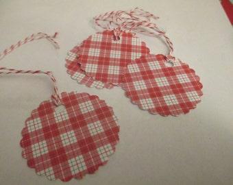 8 Red Plaid Christmas Hang Gift Tags