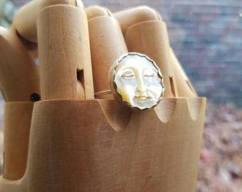 Mother of Pearl Moon Face Ring