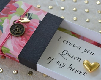 Mother's Day Queen of My Heart Message Box with Gold Heart Token and Gift Bag