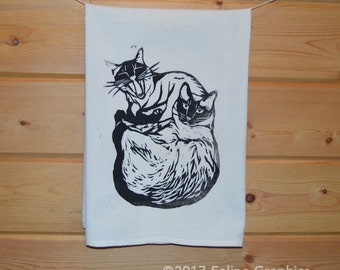 Two Siamese Cats Printed Towel, Cat Tea Towel, Kitchen Towel, Cat Gift, Cat Lady Gift, Cat Love, Kitchen Decor, Home Essentials, Siamese Cat