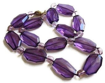 Purple Lucite Necklace and Bracelet Set Beaded Mod Statement Vintage