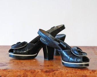 SALE - Vintage 1940s Shoes - Smashing Buttery Black Leather Two Tone 40s Platforms with White Contrast, Peeptoe, Slingback and Rosette Size