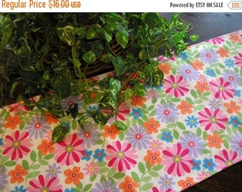 ON SALE Table Runner Bright Floral Padded Reversible White