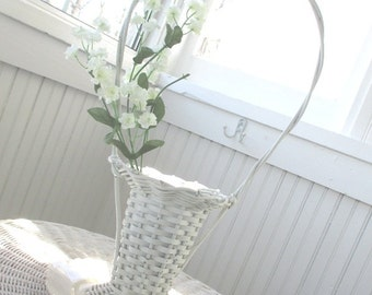 Vintage Basket * Florist * Funeral * White Whicker * Shabby Cottage Farmhouse