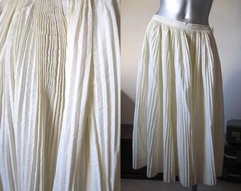 "Vintage 50s Cream Cotton Accordion Pleated Skirt 28"" Waist"