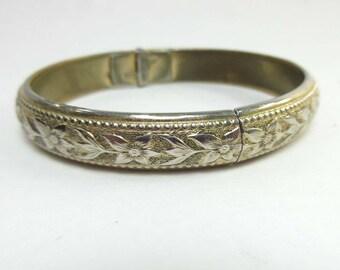Whiting & Davis Bracelet Clamper Vintage Gold Silver Tone Flower Floral 9151