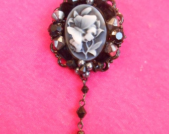 Cameo Brooch Flower Butterfly Brooch Pin with Dangle