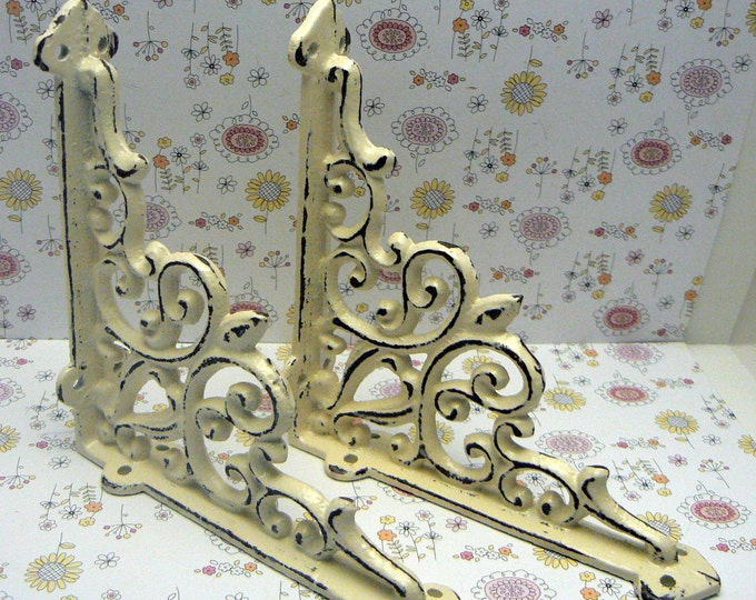 Shelf Bracket Cast Iron FDL Fleur de lis Brace Shabby Chic Off White 1 Pair DIY Home Improvement