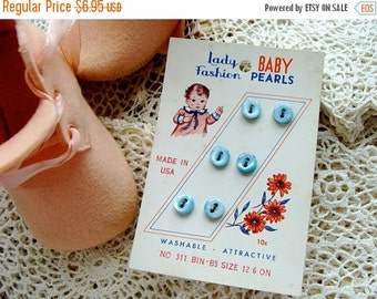 ON SALE Antique Button Card Adorable Genuine Gorgeous Baby Blue Pearl Buttons on Original 10 Cent Card