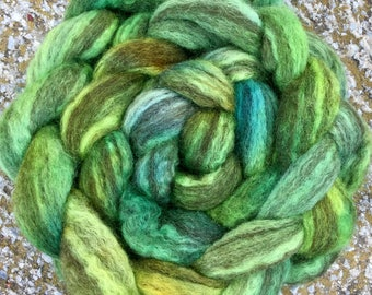 BFL hand dyed roving, Blue faced Leicester Humbug, spinning wool, Hand dyed roving, combed top, fibre, fiber, braid, felt, spin, Verdant