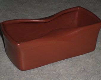 "mcm McCoy Pottery chocolate coffee brown modern window box planter flower herb 7 1/2"" long, 3 1/4"" wide, 2 1/2"" tall.pot rolled rim"