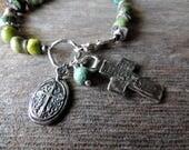 Chunky Bracelet Turquoise, bijoux artisanaux, fait à la main en argent, Croix, galets Turquoise, déclaration bijoux, rustique fabriqué à la main en argent