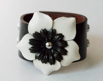 Flower Bracelet Leather Flower Cuff Flower Bangle Flower Leather Cuff Dark Brown Color