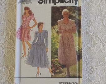 Uncut & Factory Folded Sewing Pattern * Women's Lady's Summer Dress * Simplicity 7672 * Size 12 14 16 Included *  Short Long Sleeve