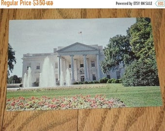 SALE- Mid-century Postcard Shows the White House, Prince Lithograph, Unused