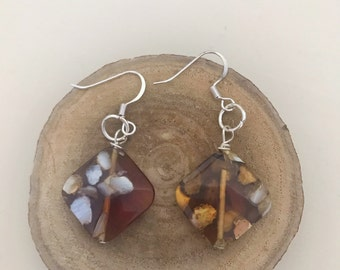 Resin Shell Chip Square Bead Dangle Drop Earrings