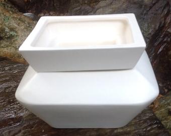 Violet pot, white, matte, minimalist,modern, square, medium, African Violet, pot, self watering, planter