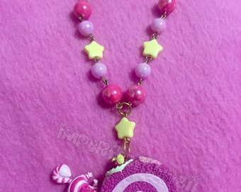 Chesire Cat Roll necklace