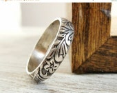 30% off Sale Floral Pattern Ring, Sterling Silver, Wedding Band, Embossed Stacking Ring, Womens Jewelry, Unisex Design