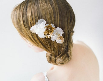 Bridal Hair comb, Silk Flower Hair Comb, Flower Headpiece, Bridal Headpiece, Wedding Headpiece, Gold Headpiece, Hair Jewelry - Style 605