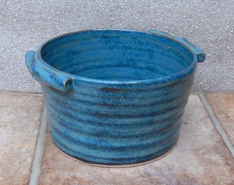 Serving bowl casserole bread baking dish hand thrown in stoneware pottery