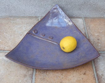 Centrepiece dish fruit bowl decorative ovensafe button handmade in stoneware pottery ceramic