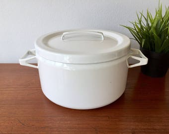 White Enamel Seppo Mallat for Arabia Finel of Finland Dutch Oven Pot - Danish Mid Century Modern Large White Enamelware Cooking Pot w Lid