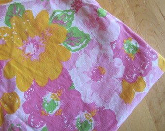 Pink and More Pink Flowers - Vintage Flat Bedsheet