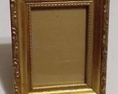 Gold Picture Frame-6 3/4 x 5 3/8-Ornate-Fleur De Lis Style-5 x 3 1/2 Pic-Vintage-Victorian Look-Retro Decor-Easel Back-Metal Hanger