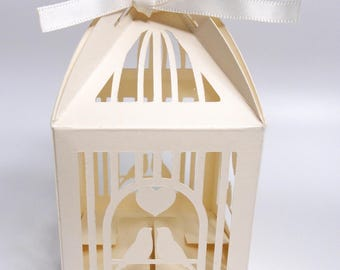12 Love Birds Wedding Favour Boxes