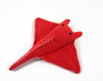 Manta Ray toy, sea creature, waldorf toy, waldorf toys, waldorf fish, fish toy, eco friendly toy, toy stuffed fish,