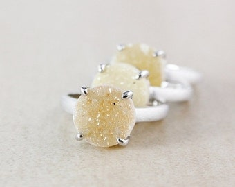 CHRISTMAS SALE Yellow Round Druzy Ring - Natural Agate Druzy - Sterling Silver