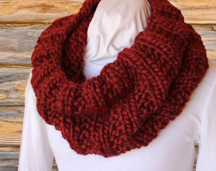 Knitting Patterns For Mega Chunky Wool : Chunky Knit Cowl Pattern Mega Chunky Knit Cowl Knitting