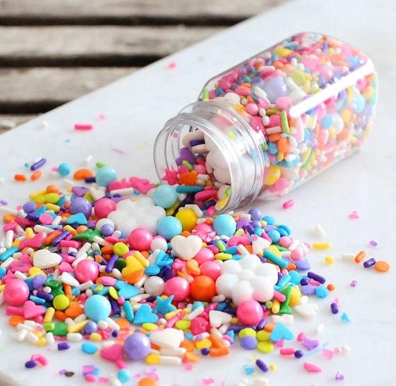 Decorate Cake Pops Sprinkles : Sprinklefetti Bright Rainbow Sprinkles Mix Edible Sprinkles