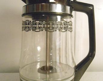 Proctor-Silex Coffee Percolator/Black & Chrome with Clear Glass Pot/4-12 Cup Percolator/70's Era