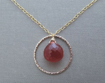 red gemstone necklace, red gemstone pendant necklace, red and gold pendant necklace, red carnelian necklace, red carnelian pendant necklace