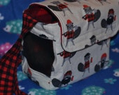 Happy hedgehog bag (lumberjack beavers fabric)