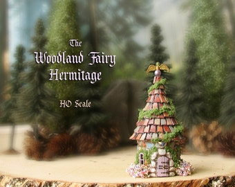 Woodland Fairy Hermitage of The Bewildering Pine - Miniature Round Cottage with Mossy Tile Roof, Wooden Door and Blooming Flower Boxes