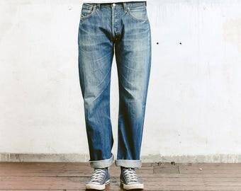 Men's Levis Jeans . Levi 501 xx Jeans Denim Vintage Distressed Blue Faded Boyfriend Jeans W33 L32 Stonewashed Jeans